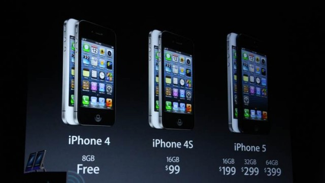 Legacy iPhones Selling Well This Holiday Season