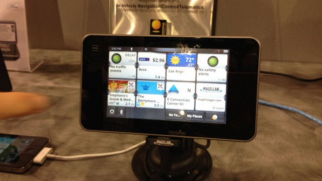 CES 2013: Personal Navigation Takes An Interesting Turn With Magellan SmartGPS