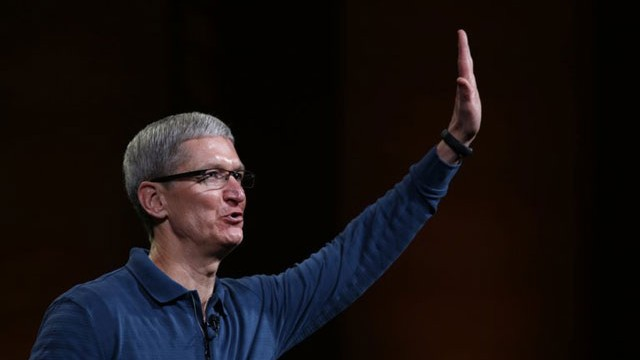Tim Cook Discusses Stock, Android, China And More In Apple's Town Hall Meeting