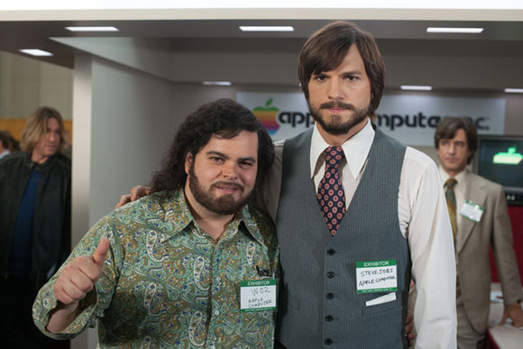 Ashton Kutcher As Steve Jobs To Attend Macworld