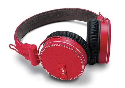CES 2013: iLuv Highlights ReF Headphones, Lightning Speaker Dock