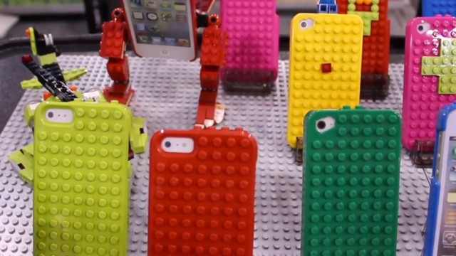 CES 2013: Decorate Your iPhone Case With LEGO Using The SmallWorks BrickCase