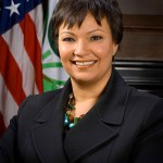Apple Hires Former EPA Chief Lisa Jackson To Coordinate Its Environmental Efforts