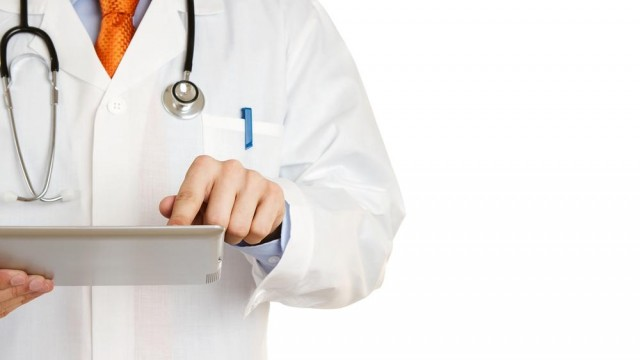 Doctors Love Their iOS Devices, According To A Recent Survey
