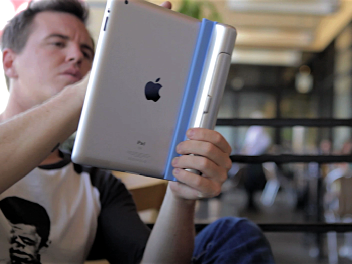 Updated: Introducing The Smart Cargo, A Magnetic On Board Storage Accessory For iPad