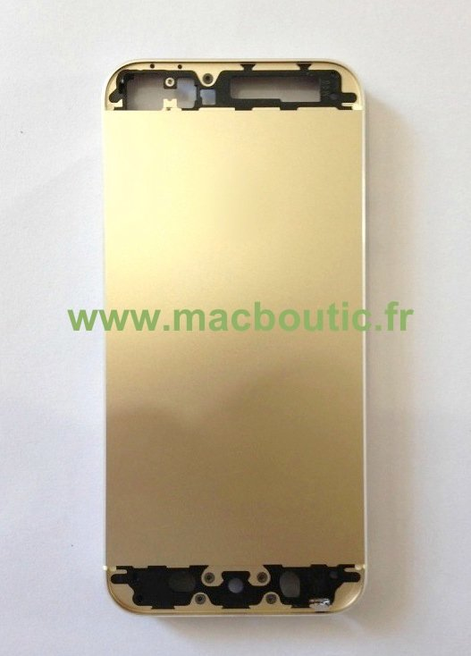 Photos Of The Rumored Gold iPhone 5S Appear Online