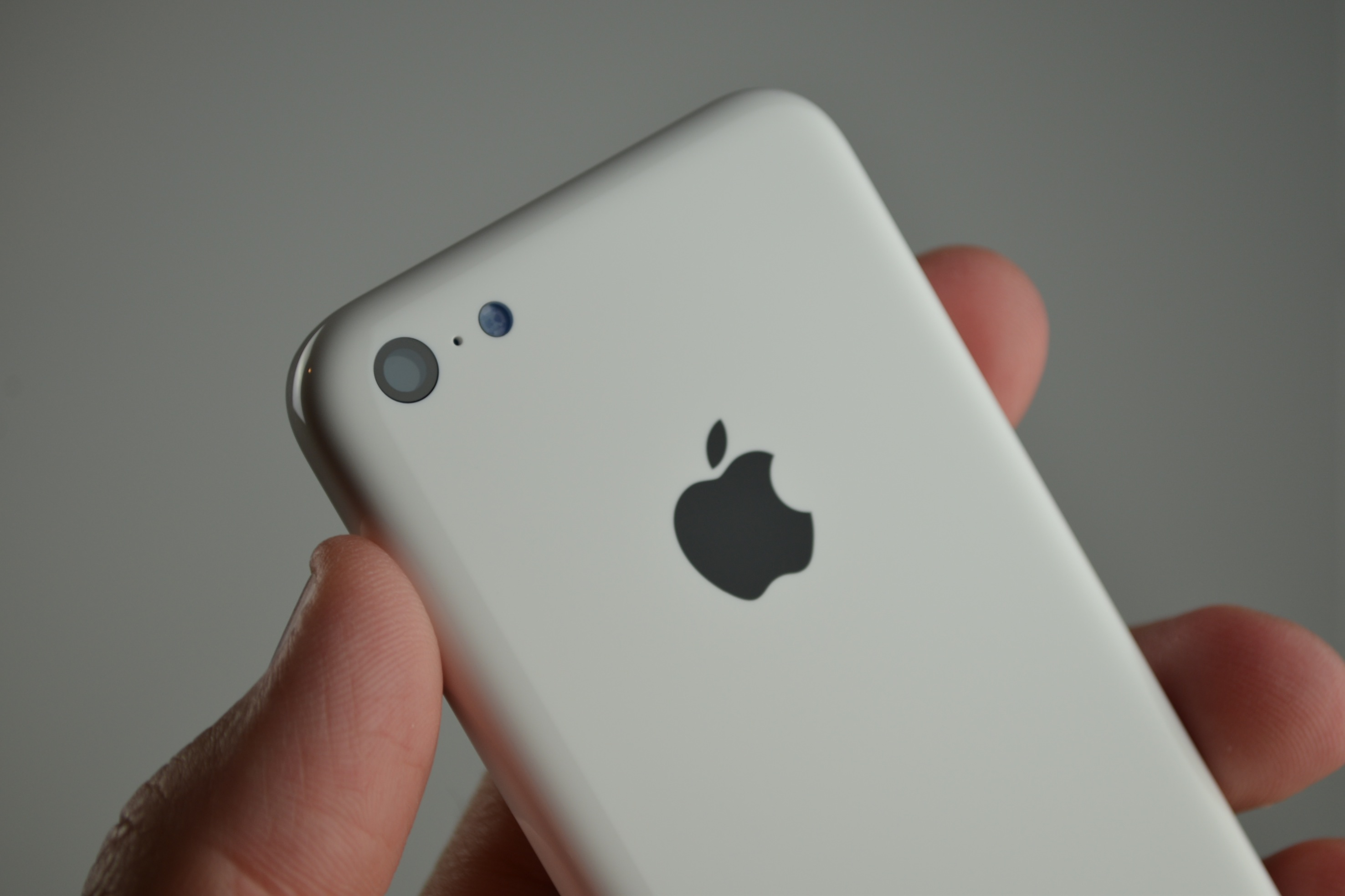 Could This Be What Apple's Low-Cost 'iPhone 5C' Will Look Like?