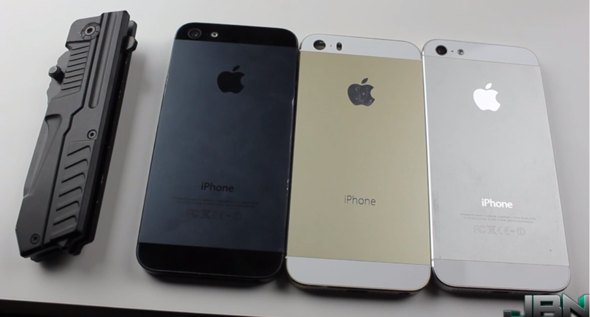 Rumored Gold iPhone 5S Housing Goes Under The Knife In New Scratch Test Video