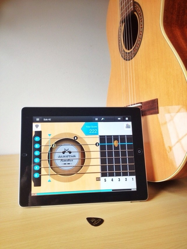 Learn How To Play Guitar With Jamstar Acoustics