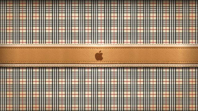 Apple's iPhone 5s Being Used By Burberry For Shooting Runway Show
