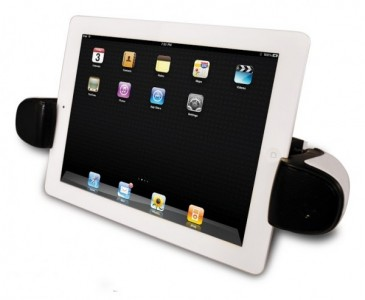 The Boomerang Wireless Audio Dock Turns An iOS Device Into A Mobile Theater