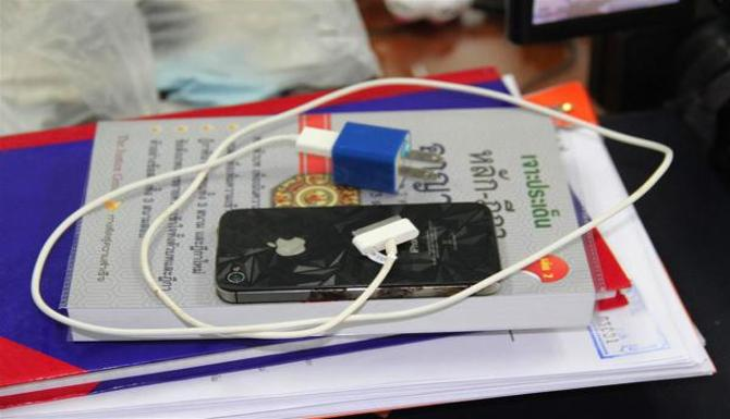 Thai Man Dies After Charging His iPhone 4s Using Counterfeit Charger