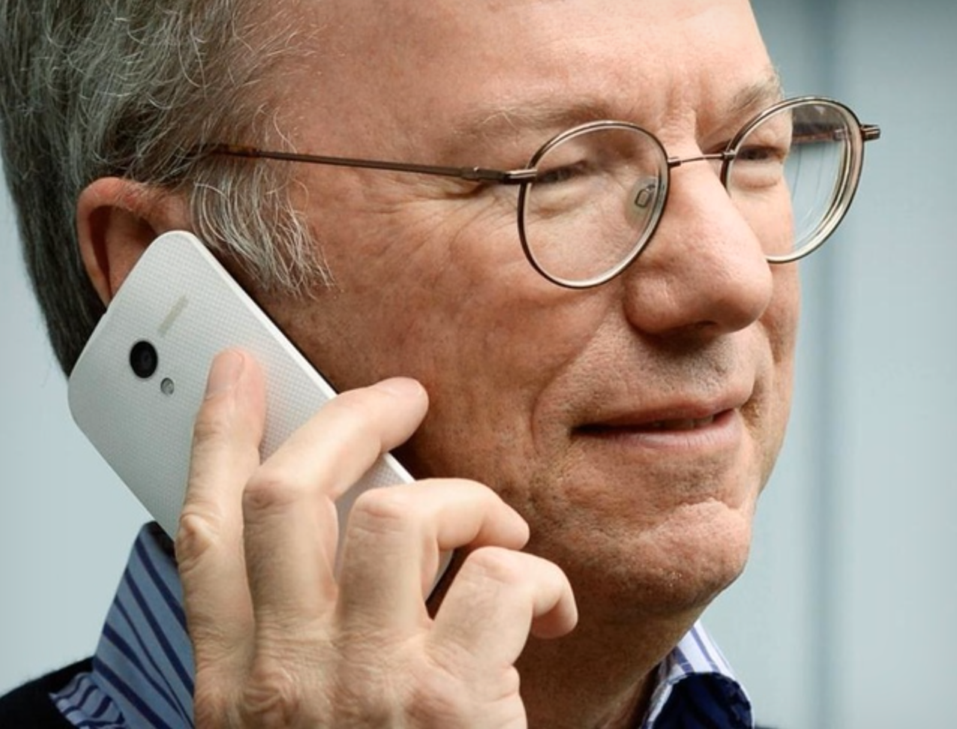 Google Chairman Eric Schmidt Publishes 'Guide' On Switching From iOS To Android