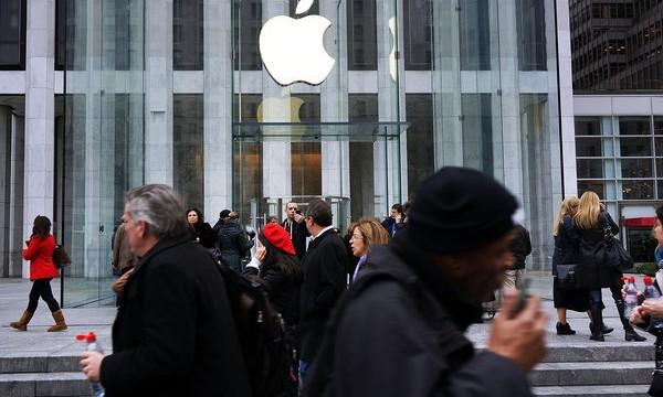 Apple Retail Store Sales Losing Steam Ahead Of Ahrendts' Debut
