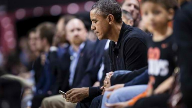 Apple CEO Tim Cook And Other Top Tech Execs To Meet With President Obama On Dec. 17