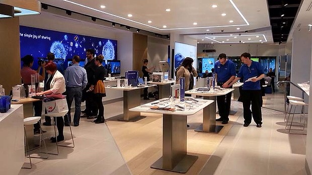 Samsung Hires Apple Store Designer Ahead Of 'Deeper Investment In US Retail'