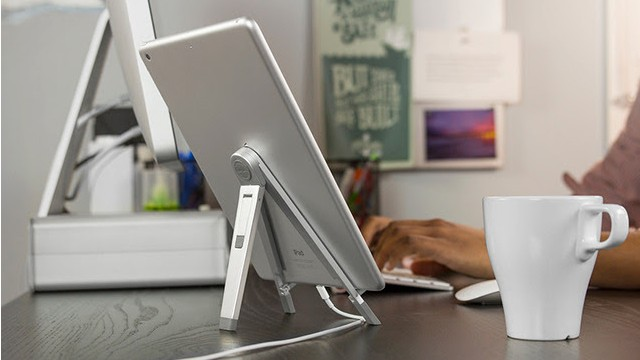 Stand Up And Take Notice Of Twelve South's New Compass 2 For The iPad Air, iPad mini