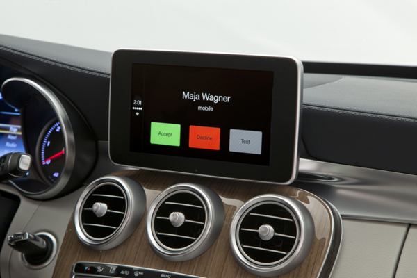 Volvo, Mercedes-Benz Show Apple's CarPlay In Action