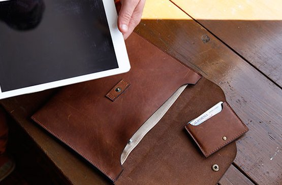 DODOcase Branches Out With Its New LeatherCraft Collection For iOS Devices