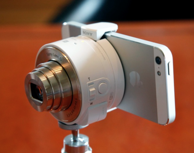Sony Sends Out A Firmware Update For Its iOS-Compatible QX10, QX100 Cameras