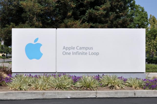 Zane Rowe, Apple's Head Of North American Sales, Leaves The Company