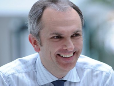 It's Official: Luca Maestri Replaces Peter Oppenheimer As Apple's New SVP And CFO