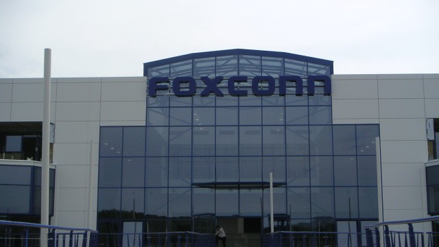 Future iOS Device Displays Could Be Manufactured By A Foxconn-Sharp Partnership