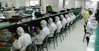 Foxconn's 'Foxbots' To Work Alongside Humans In A Supporting Role, Report Claims