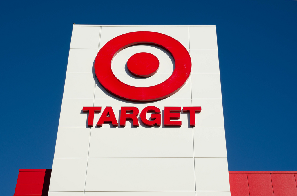 Target Is Offering Great Deals On Apple iPhones And iPads
