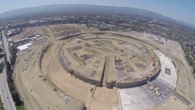 Here's a drone's eye view of Apple's spaceship-like Campus 2 in progress
