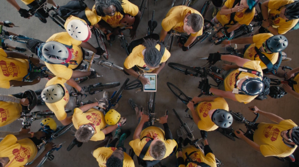 Apple posts extended 'Your Verse' videos for iPad users Yaoband and Jason Hall
