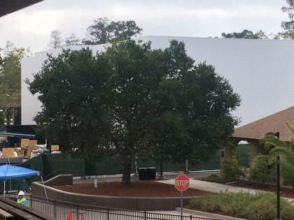 Apple is constructing its own building at the Flint Center for the 'iPhone 6' and 'iWatch' event