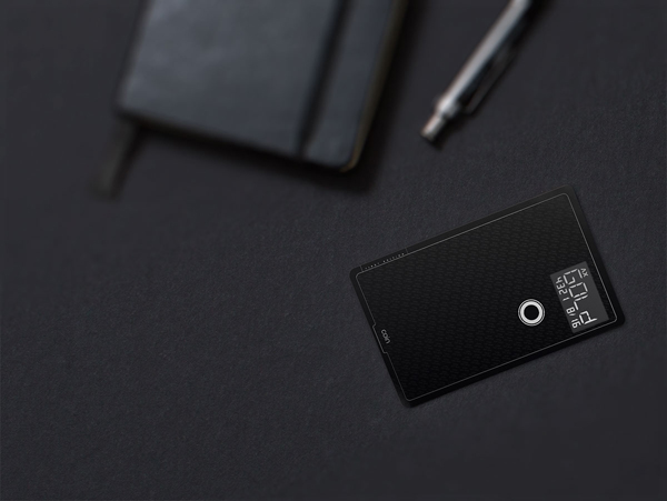 Coin delays its official product launch until spring 2015