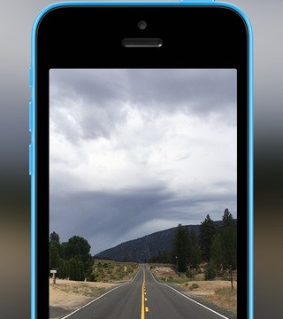 Instagram's Hyperlapse vs. iOS 8's camera: Which time lapse is better?