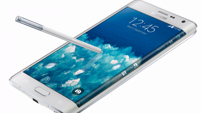 Samsung edges Apple, introduces a smartphone with a wraparound display