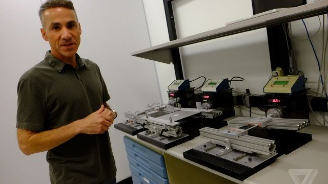 Apple offers inside look at iPhone 6 reliability testing lab in response to 'Bendgate' issue
