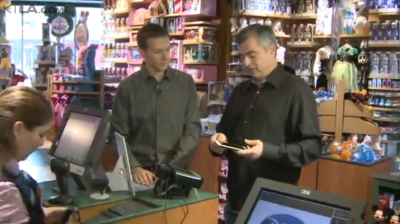 Apple's Eddy Cue goes on 'shopping spree' to show off Apple Pay