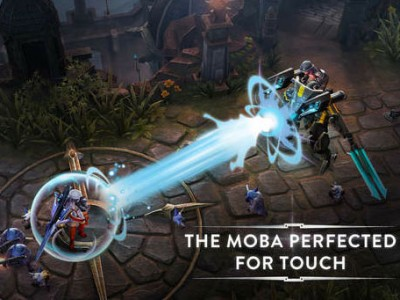 Vainglory, showcased at the iPhone 6 event in September, finally lands on the App Store