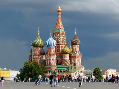 Little to love: Russians faced with much higher prices in the Apple online store