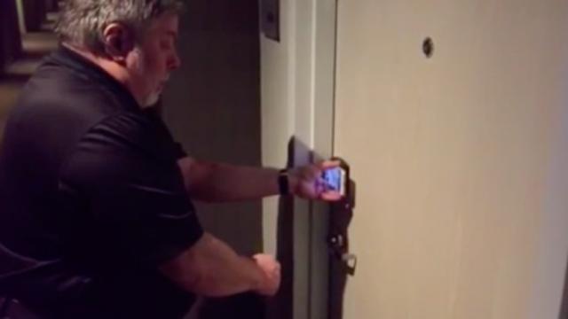 Watch Apple cofounder Steve Wozniak demo SPG Keyless using his iPhone 6