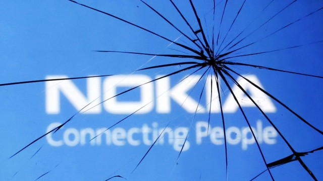 Apple is about to overtake Nokia in worldwide mobile phone sales