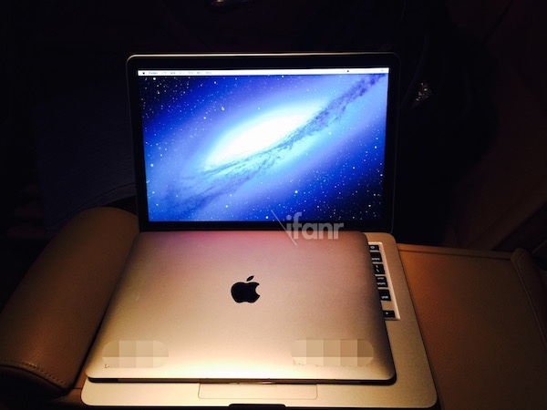 The alleged display of the 12-inch MacBook Air with the 13-inch MacBook Air.