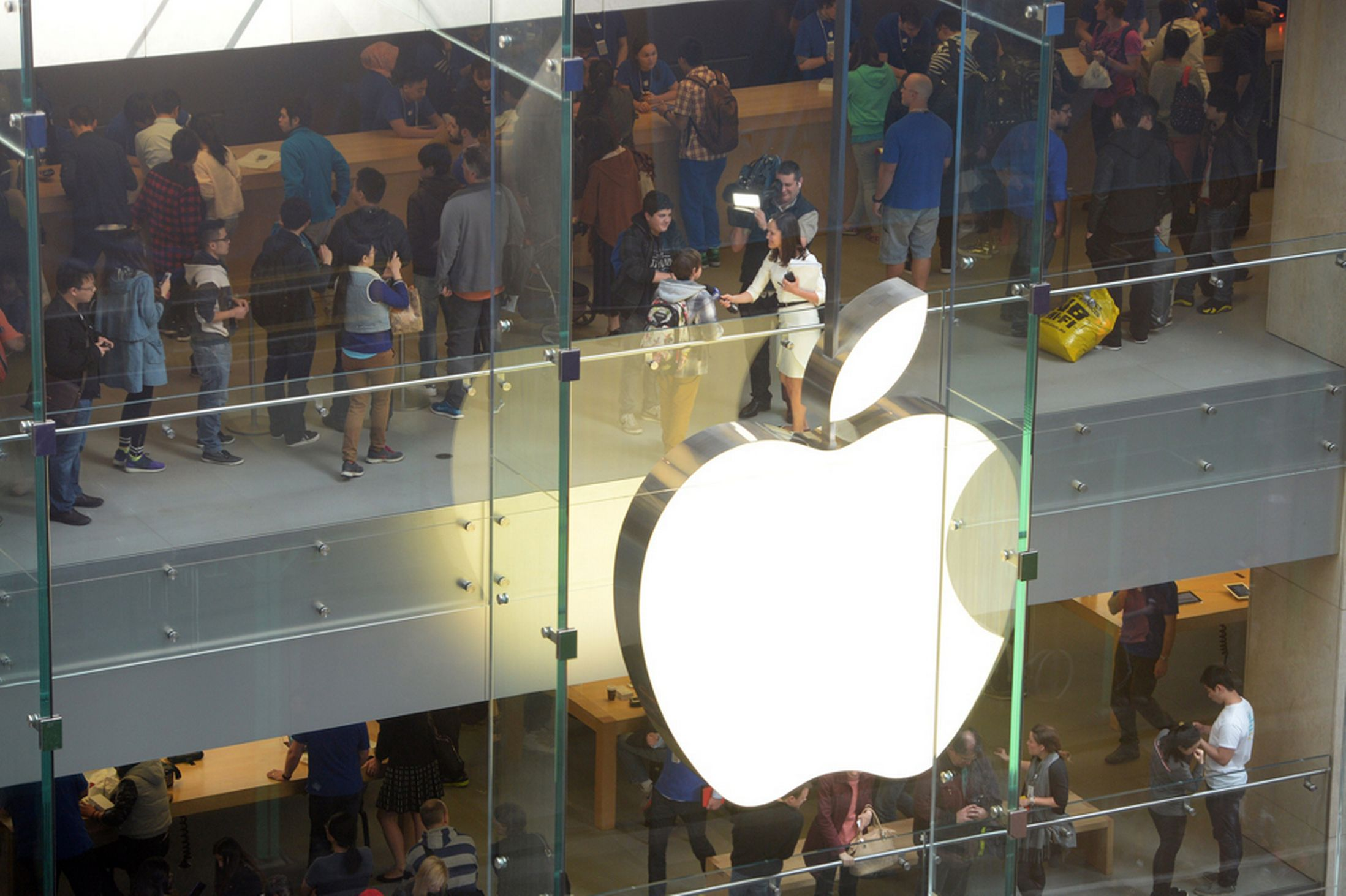 Apple will convert the failed GT Advanced sapphire plant in Arizona into a massive data center