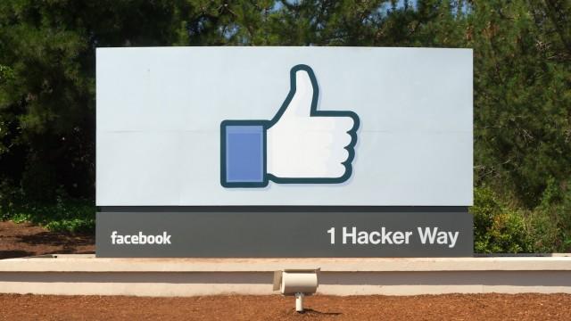Facebook unveils voice transcription feature in Messenger, acquires design firm