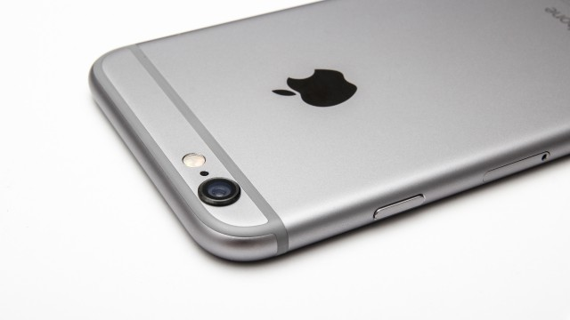 Op-Ed:  We don't need another 4-inch iPhone
