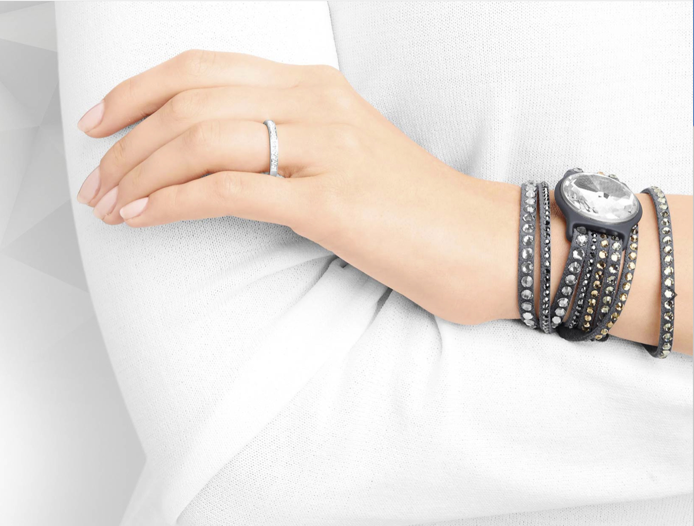 CES 2015: Misfit and Swarovski announce the first solar-powered fitness tracker