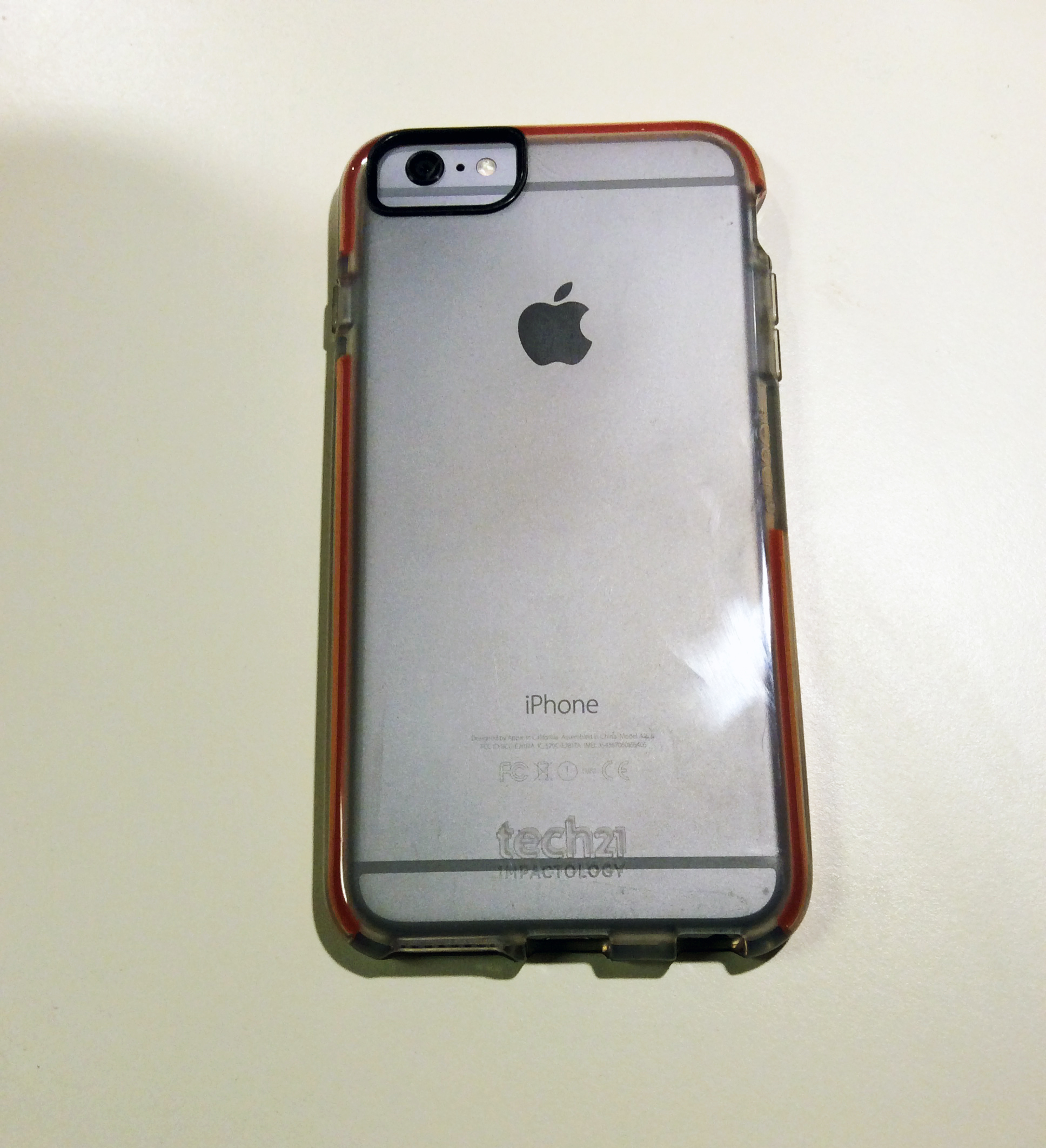 reputable site 2072e ec85f Review: Tech21's Classic Shell Case protects the iPhone 6 Plus ...