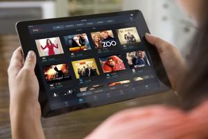 Slingplayer_Gallery_iPad_Hands