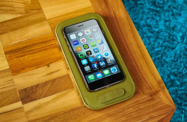 CalypsoPad takes the wobble out of putting your iPhone 6 down