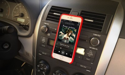 The MagBak for the iPhone 6 and iPhone 6 Plus is a perfect car mount system